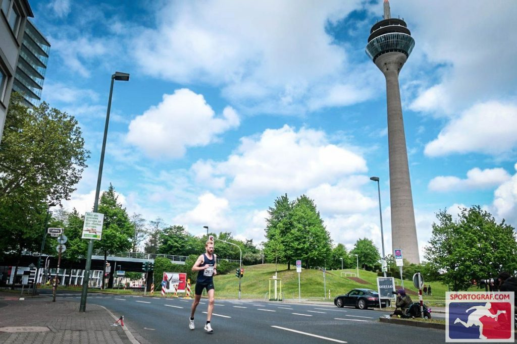 20190428 foto Dusseldorf marathon 3 You-Run